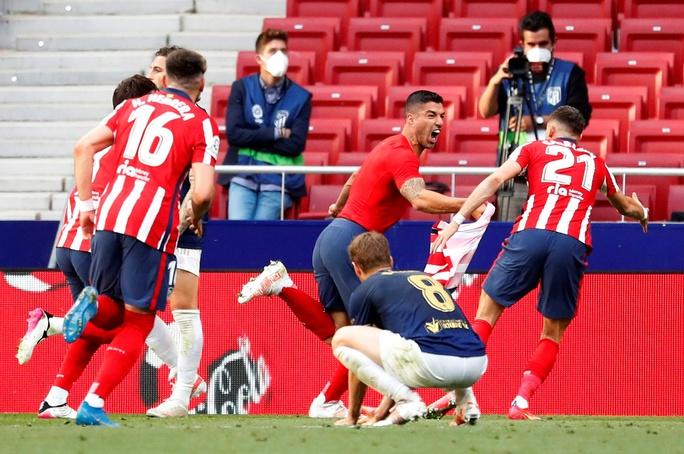 Atletico Madrid ngược dòng siêu đỉnh, chạm vào giấc mơ La Liga - Ảnh 5.