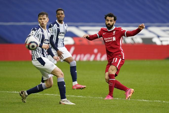 Ngỡ ngàng người nhện Alisson ghi bàn, cứu cả mùa giải Liverpool - Ảnh 3.