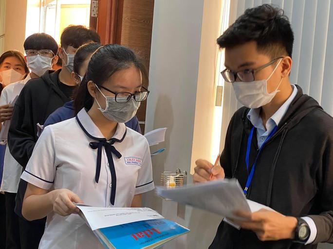 Trường ĐH Quốc tế dời lịch thi đánh giá năng lực - Ảnh 1.
