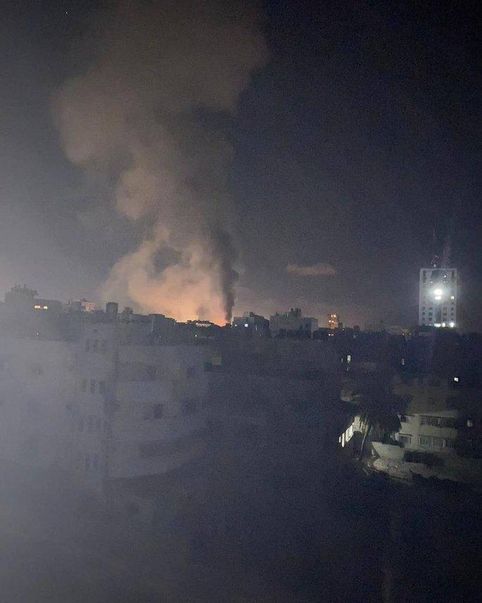 Israel cảm ơn Mỹ chặn lệnh ngừng bắn, tiếp tục không kích dải Gaza - Ảnh 3.
