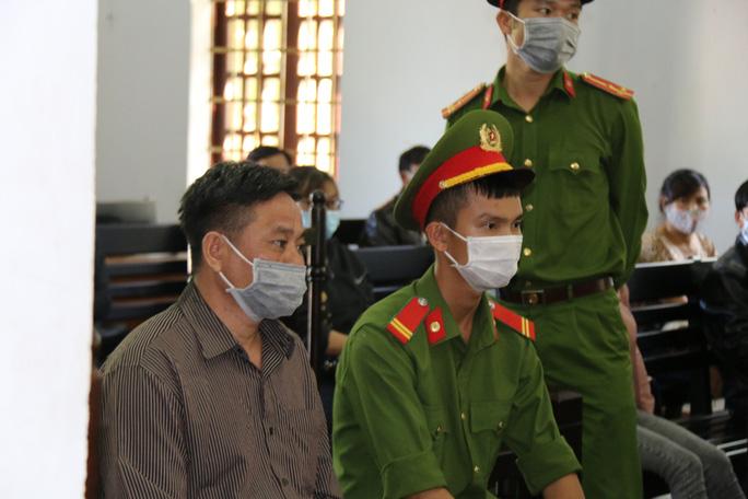 Xuất hiện nhân chứng mới, hoãn tòa xét xử cựu bí thư xã giết người, đốt xác - Ảnh 1.