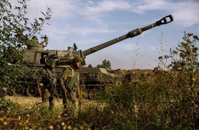Israel không kích tan tành đường hầm, nhà chỉ huy Hamas - Ảnh 2.