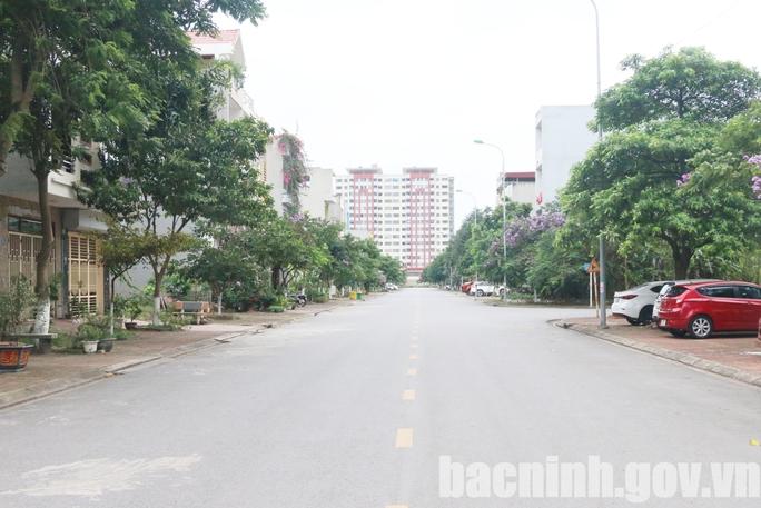 Hoả tốc giãn cách xã hội toàn TP Bắc Ninh, huyện Quế Võ  từ 6 giờ sáng 18-5 vì dịch rất căng thẳng - Ảnh 1.