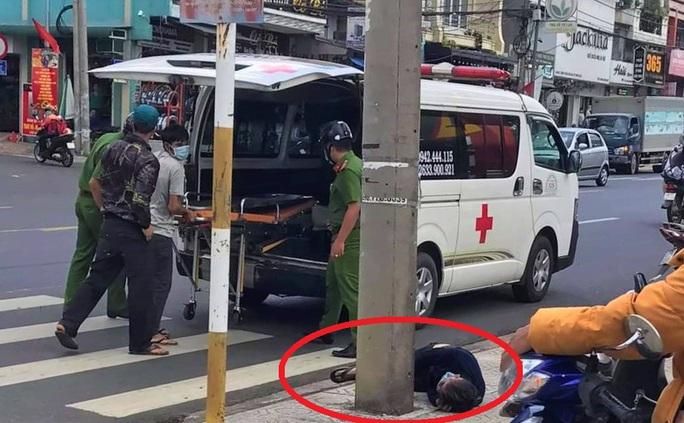 Người đàn ông chết bất thường chưa rõ lai lịch ngay trung tâm TP Bảo Lộc - Ảnh 1.