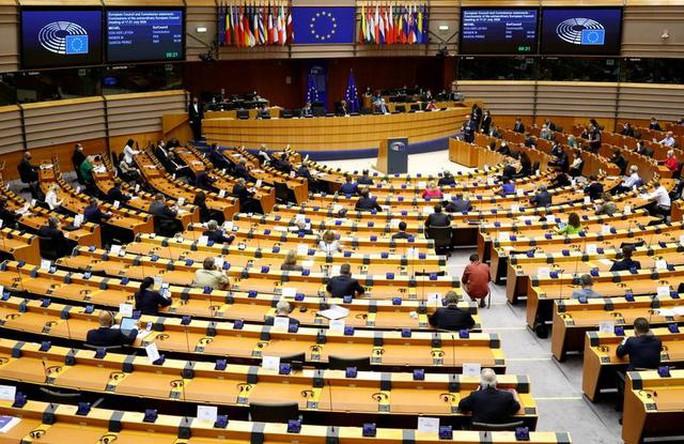 Trung Quốc hứng đòn liên hoàn từ EU-Mỹ - Ảnh 1.