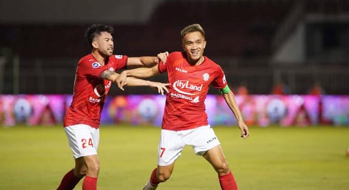 Còn 8 đội đua vào tốp 6 V-League - Ảnh 1.