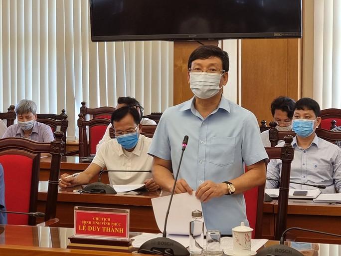 Lãnh đạo tỉnh Vĩnh Phúc xác nhận có 5 người mắc Covid-19 sau khi tiếp xúc chuyên gia Trung Quốc - Ảnh 1.
