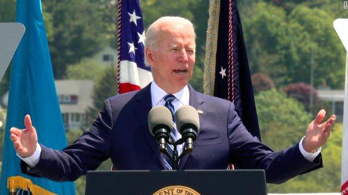 Tổng thống Biden khẳng định lập trường với Trung Quốc ở biển Đông - Ảnh 1.