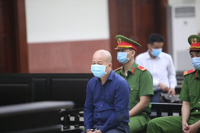 Luật sư vắng mặt, Đinh Ngọc Hệ chối tội và phán quyết của TAND Cấp cao tại TP HCM - Ảnh 2.