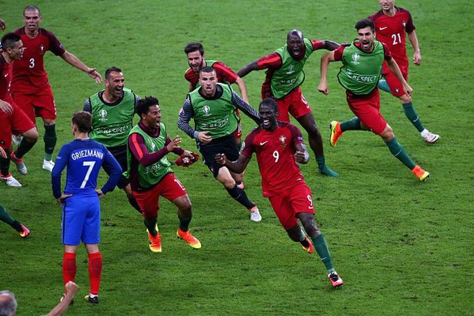 Ronaldo dẫn dắt hàng công Bồ Đào Nha, người hùng Euro 2016 biệt dạng - Ảnh 5.