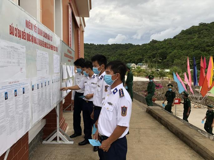 Cảnh sát biển và cử tri tại 3 đảo ở miền Tây đi bầu cử sớm - Ảnh 6.