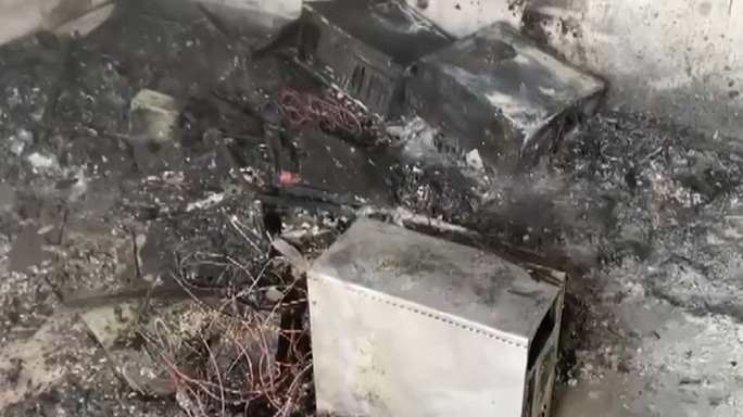 Điện lực Quảng Ngãi: Cảnh báo nguy cơ hỏa hoạn từ việc sử dụng điện - Ảnh 1.