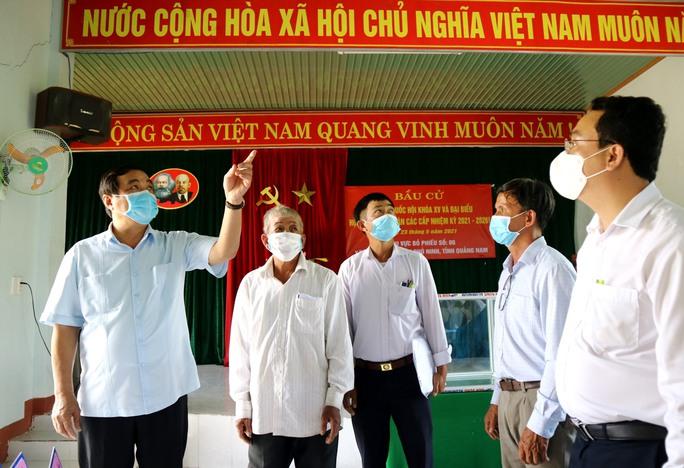 Đường phố rực cờ hoa, hơn 1,1 triệu cử tri Quảng Nam sẵn sàng đi bầu cử - Ảnh 4.