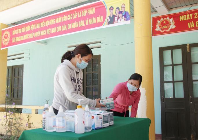 Đường phố rực cờ hoa, hơn 1,1 triệu cử tri Quảng Nam sẵn sàng đi bầu cử - Ảnh 6.