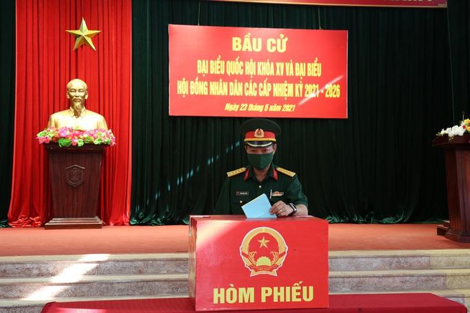 Bộ Tư lệnh Vùng Cảnh sát biển 2 hoàn thành tốt công tác bầu cử - Ảnh 3.