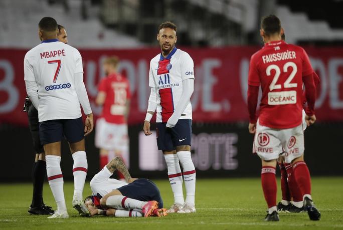 PSG bị truất ngôi vương Ligue 1 sau 3 năm liên tiếp thống trị - Ảnh 2.