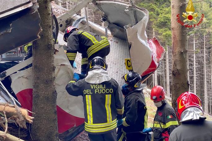 Bé trai 5 tuổi sống sót trong vụ rơi cáp treo Ý nhờ lý do này - Ảnh 5.