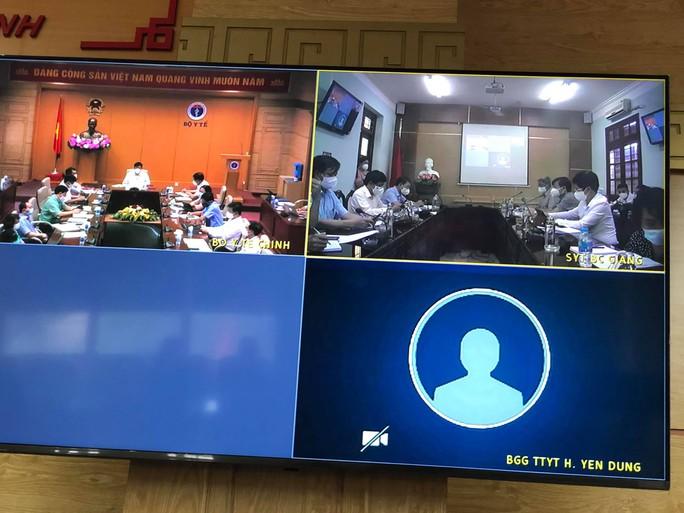 NÓNG: Phát hiện hơn 300 công nhân ở Bắc Giang dương tính SARS-CoV-2 - Ảnh 2.