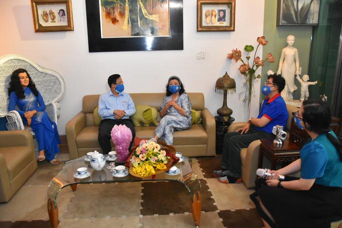 Mai Vàng nhân ái thăm NSND Kim Cương và NSND Minh Vương - Ảnh 3.