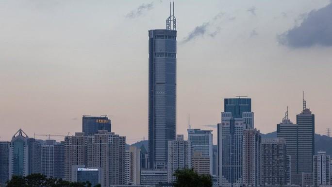 Trung Quốcđiều tra gấp vụ tòa nhà chọc trời rung lắc không lý do - Ảnh 1.