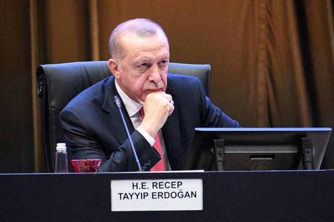 """Chính phủ Thổ Nhĩ Kỳ """"điêu đứng"""" vì người tuýt còi mafia - Ảnh 2."""