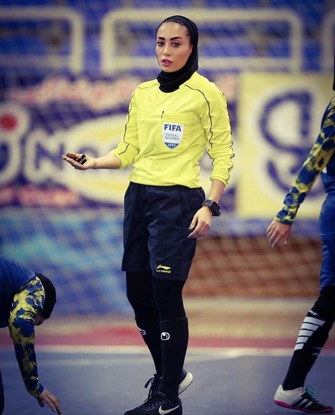Nữ trọng tài xinh đẹp mang may mắn đến tuyển futsal Việt Nam - Ảnh 5.