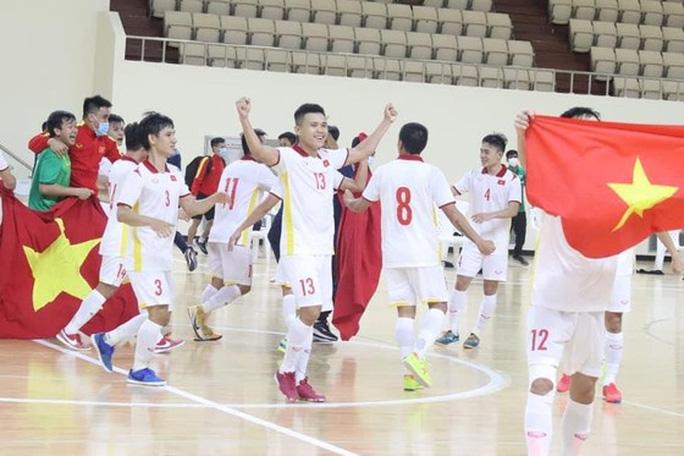 Những đóng góp thầm lặng cho thành công của futsal Việt Nam - Ảnh 1.