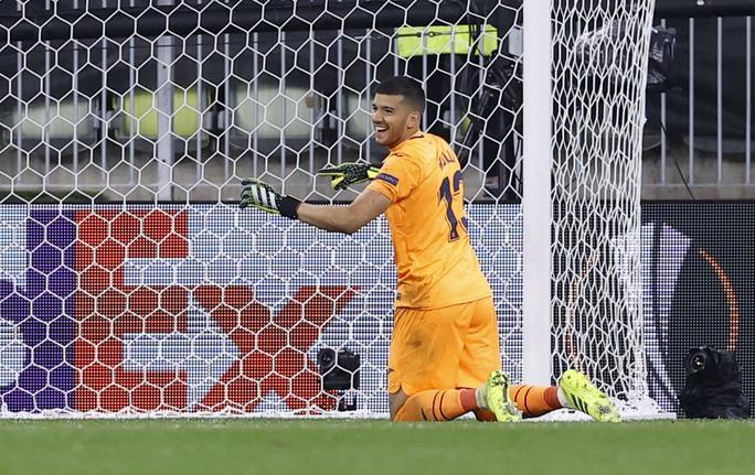 Man United gục ngã loạt luân lưu, Villarreal lên ngôi Europa League - Ảnh 8.