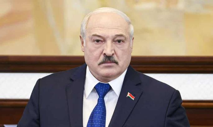 Cấm cửa máy bay Belarus, EU bị tố là không tặc - Ảnh 2.
