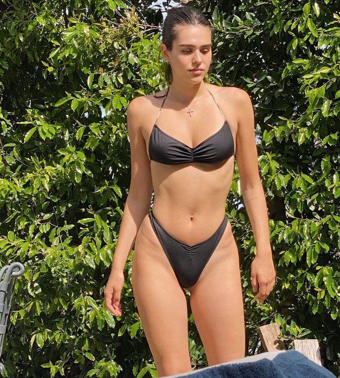 Nữ diễn viên khoe đường cong cuốn hút với bikini - Ảnh 5.