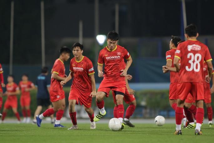 HLV Park Hang-seo có thể dùng Quang Hải trám chỗ Hùng Dũng - Ảnh 4.