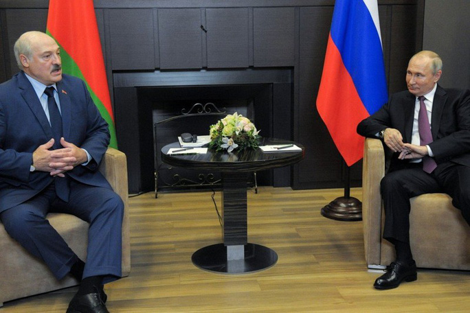 """Tổng thống Belarus cho Nga xem """"tài liệu quan trọng"""" - Ảnh 1."""