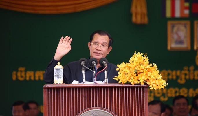 Thủ đô của Campuchia chuẩn bị được dỡ phong tỏa Covid-19 - Ảnh 1.