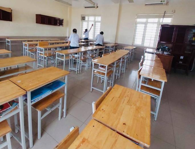 Hà Nội cho học sinh tạm dừng đến trường từ 4-5 - Ảnh 1.