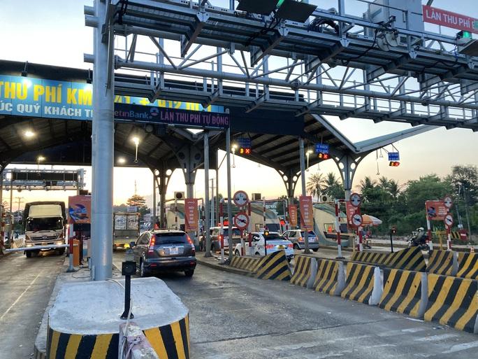 Người dân ùn ùn rời Đà Lạt, giao thông Đồng Nai khá đông nhưng không kẹt xe - Ảnh 9.