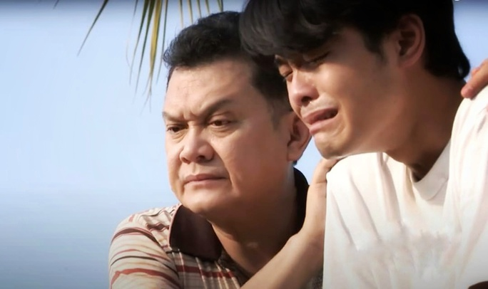 NSƯT Hữu Châu hạnh phúc hội ngộ Phương Bình sau 30 năm - Ảnh 3.