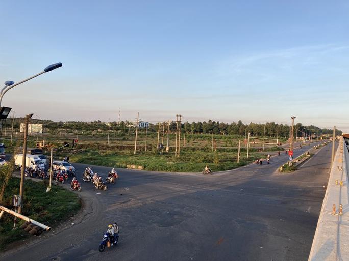 Người dân ùn ùn rời Đà Lạt, giao thông Đồng Nai khá đông nhưng không kẹt xe - Ảnh 6.