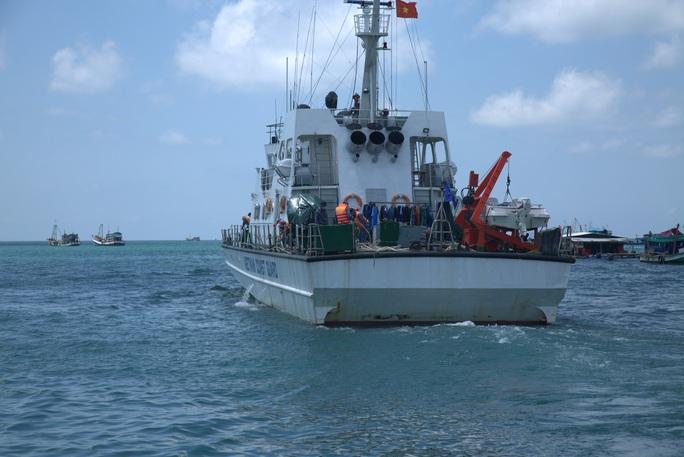 Phú Quốc: Cảnh sát biển điều 2 tàu ngăn nhập cảnh trái phép - Ảnh 1.
