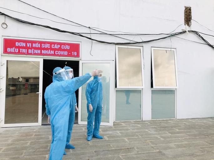 Chuyển 151 F1 của ca bệnh Covid-19 siêu lây nhiễm đến Bệnh viện Bạch Mai cơ sở 2 - Ảnh 21.