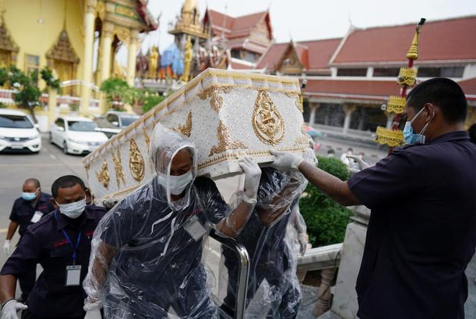 "Covid-19: Campuchia, Thái Lan trải qua ""thứ hai đen tối"" - Ảnh 2."