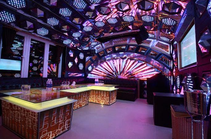 Quảng Nam, Thừa Thiên - Huế, Quảng Ngãi tạm dừng hoạt động quán bar, karaoke, vũ trường... - Ảnh 1.