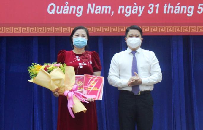 Quảng Nam ra mắt ban giám hiệu siêu trường cao đẳng - Ảnh 1.