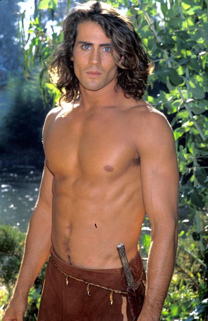 """Sao phim """"Tarzan"""" và vợ nghi thiệt mạng do máy bay rơi - Ảnh 4."""