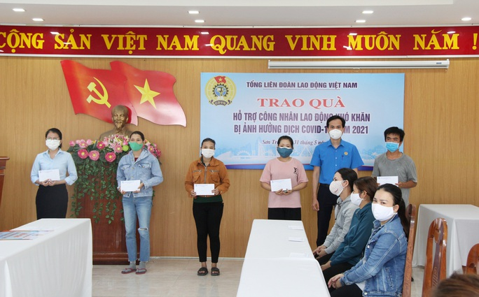 200 triệu đồng hỗ trợ đoàn viên Công đoàn khó khăn tại Đà Nẵng - Ảnh 5.