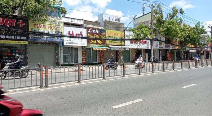 Chủ tịch UBND quận Gò Vấp: Người dân đi lại bình thường nhưng phải khai báo y tế - Ảnh 2.