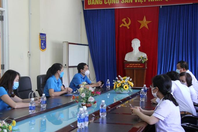200 triệu đồng hỗ trợ đoàn viên Công đoàn khó khăn tại Đà Nẵng - Ảnh 3.