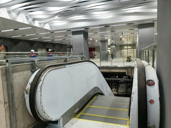 Kiến trúc ấn tượng bên trong ga Ba Son sâu 20m dưới lòng đất - Ảnh 13.