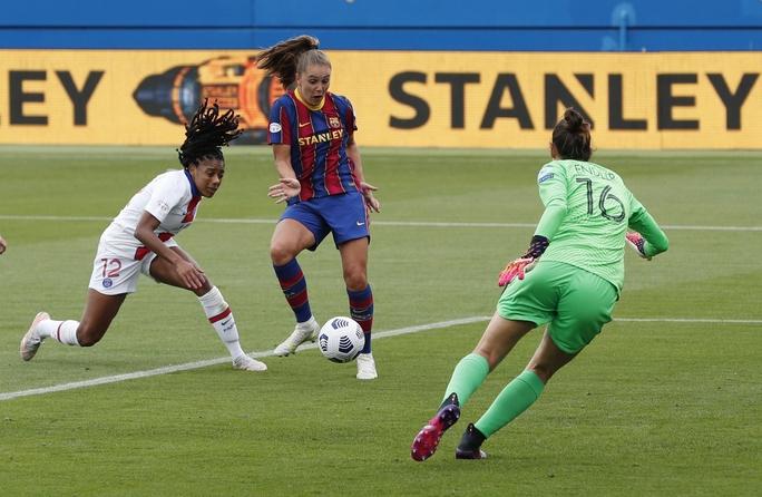 Thắng kịch tính PSG, Barcelona giành vé chung kết Champions League nữ  - Ảnh 2.