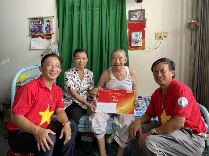 Mai Vàng nhân ái đến với nhạc sĩ Tố Hải và NSƯT Thanh Hùng - Ảnh 1.