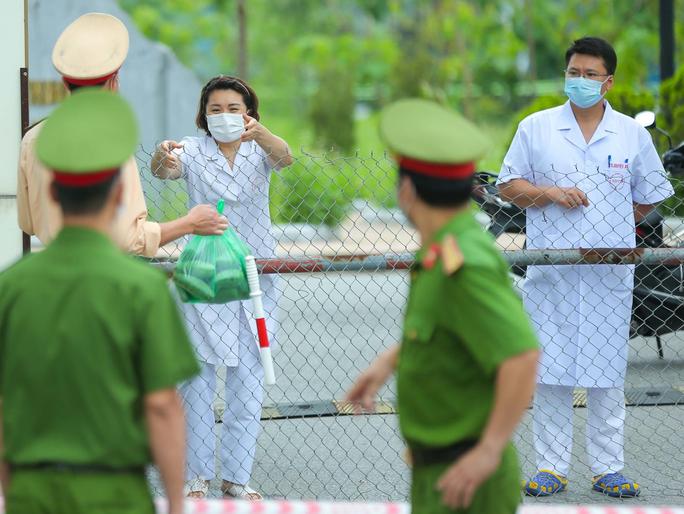 Thông báo khẩn tìm người đến Bệnh viện Bệnh Nhiệt đới Trung ương cơ sở 2 từ 14-4 đến nay - Ảnh 1.
